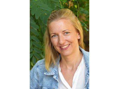 Frau Bank unterrichtet Englisch und Spanisch am Campus Hannah Höch.